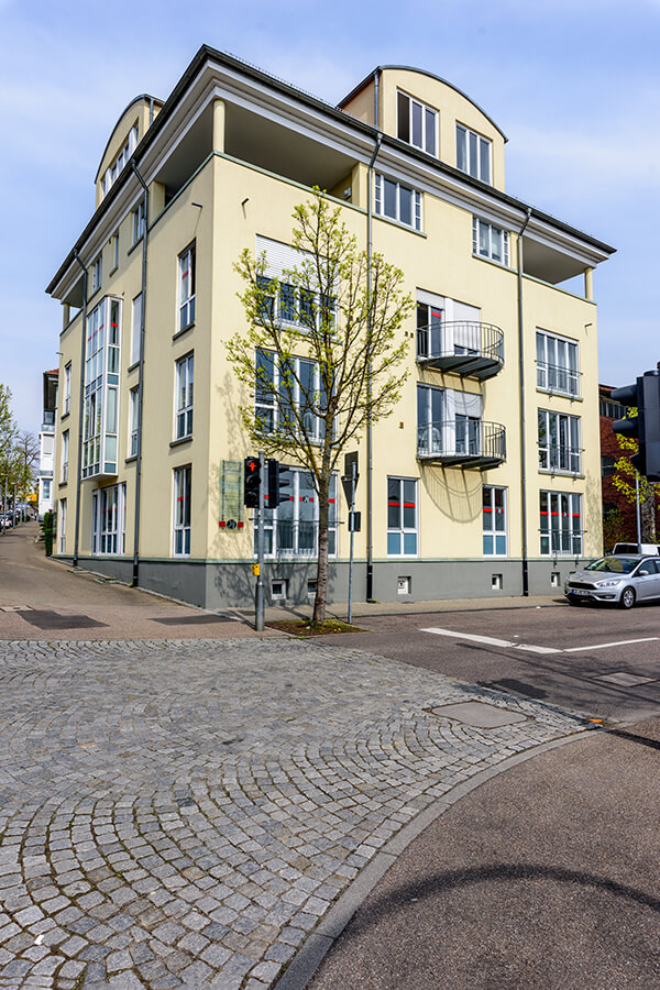 MKG - Zahnarzt Bietigheim-Bissingen - Wagner - unsere Praxis von außen